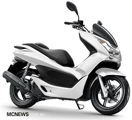 Honda_PCX125_RHF_448