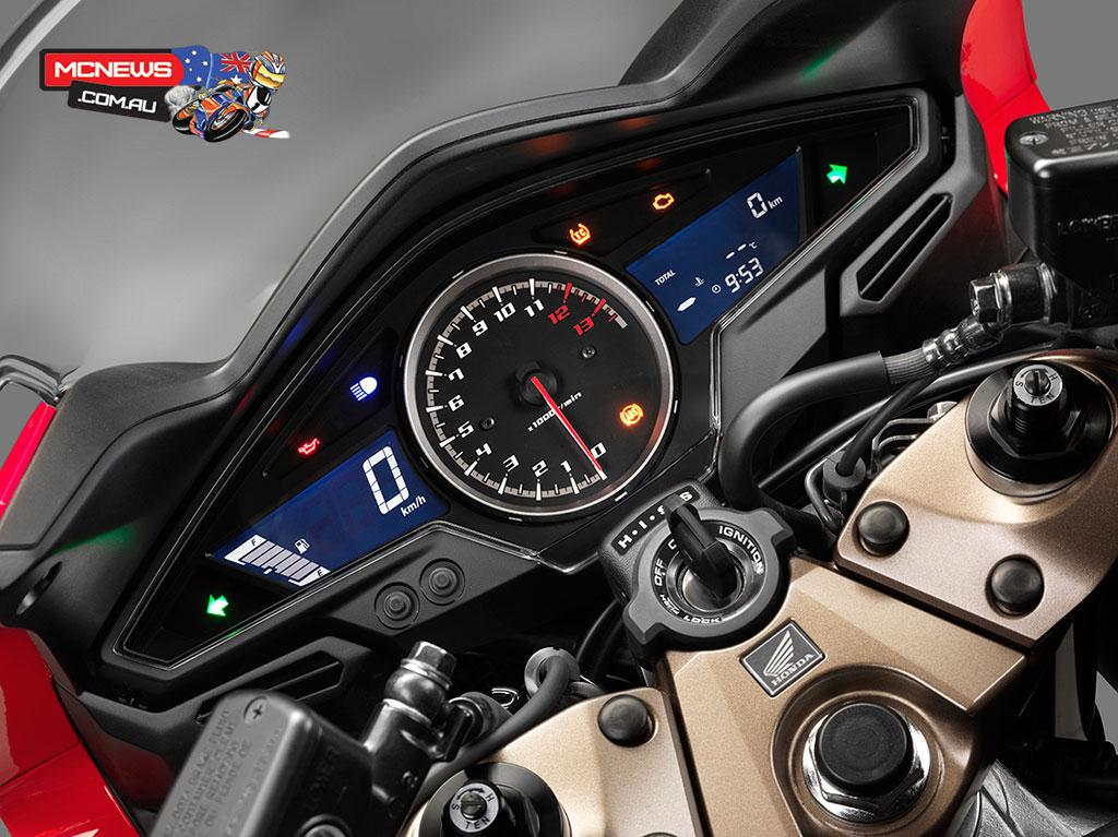 Honda_VFR800F_Dash