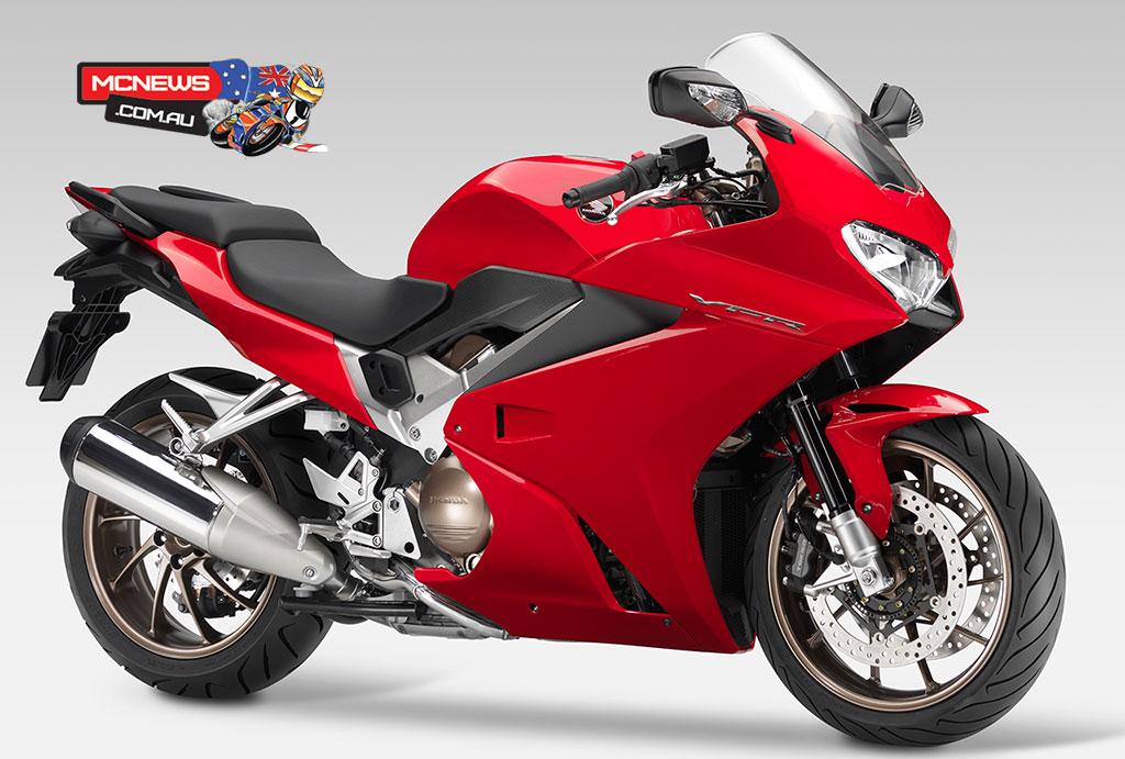 Honda_VFR800R_RHF