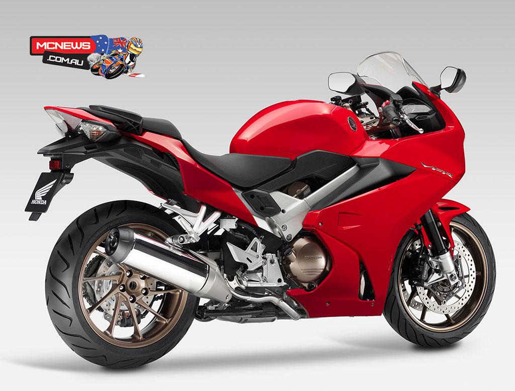 Honda_VFR800R_RHR