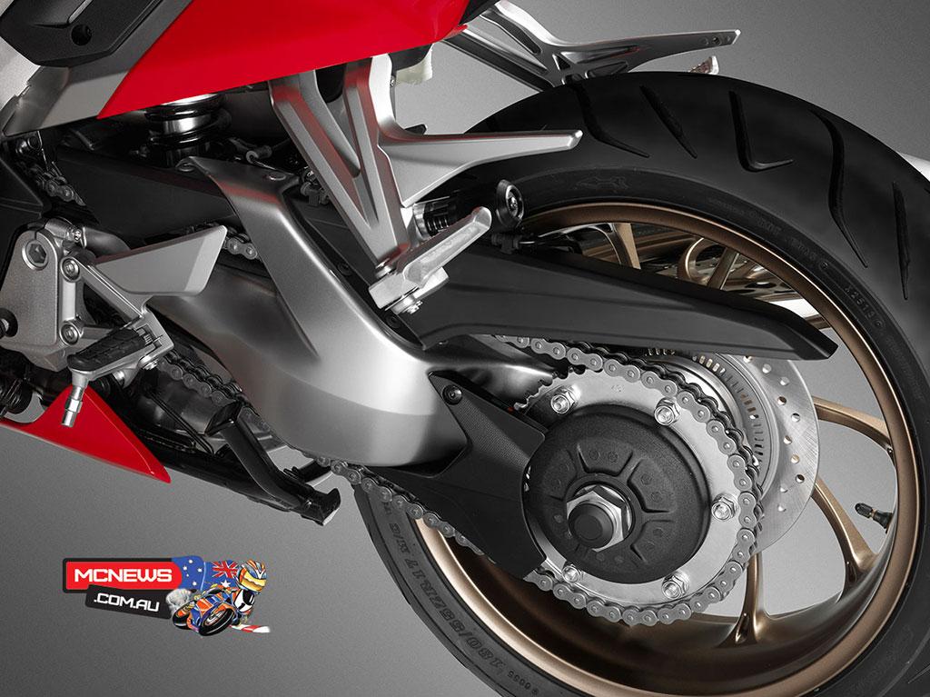 Honda_VFR800R_Rim