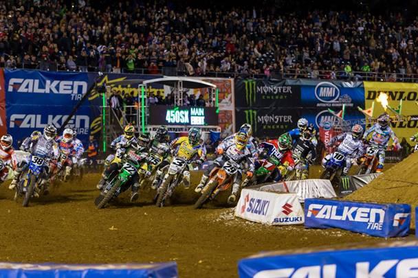 450SX San Diego Main Event Start - Photo Credit: Hoppenworld