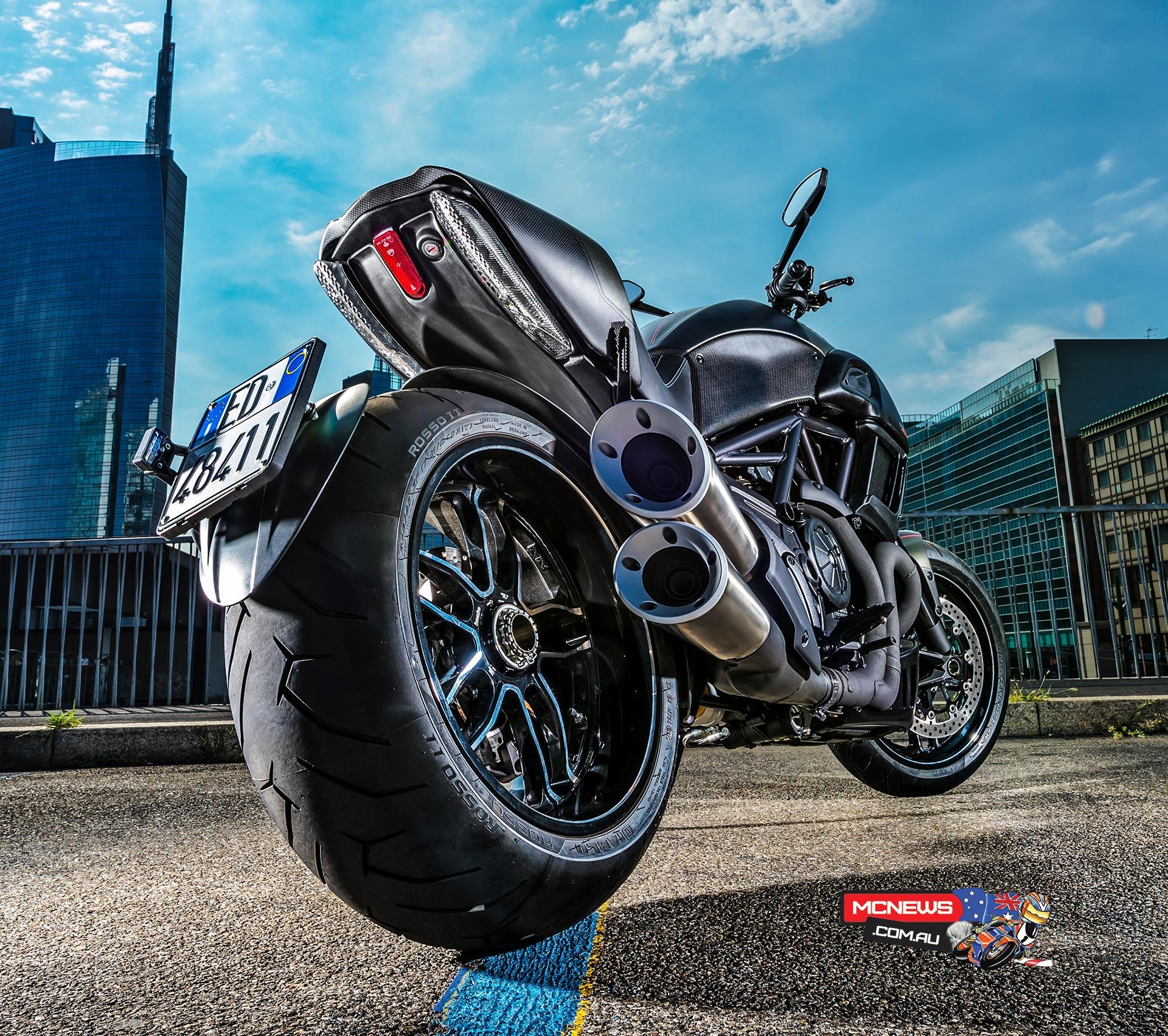 2016 Ducati Diavel Carbon