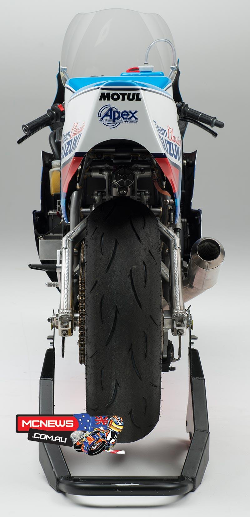 Dunlop and Lee Johnston on XR69 Suzuki | MCNews.com.au