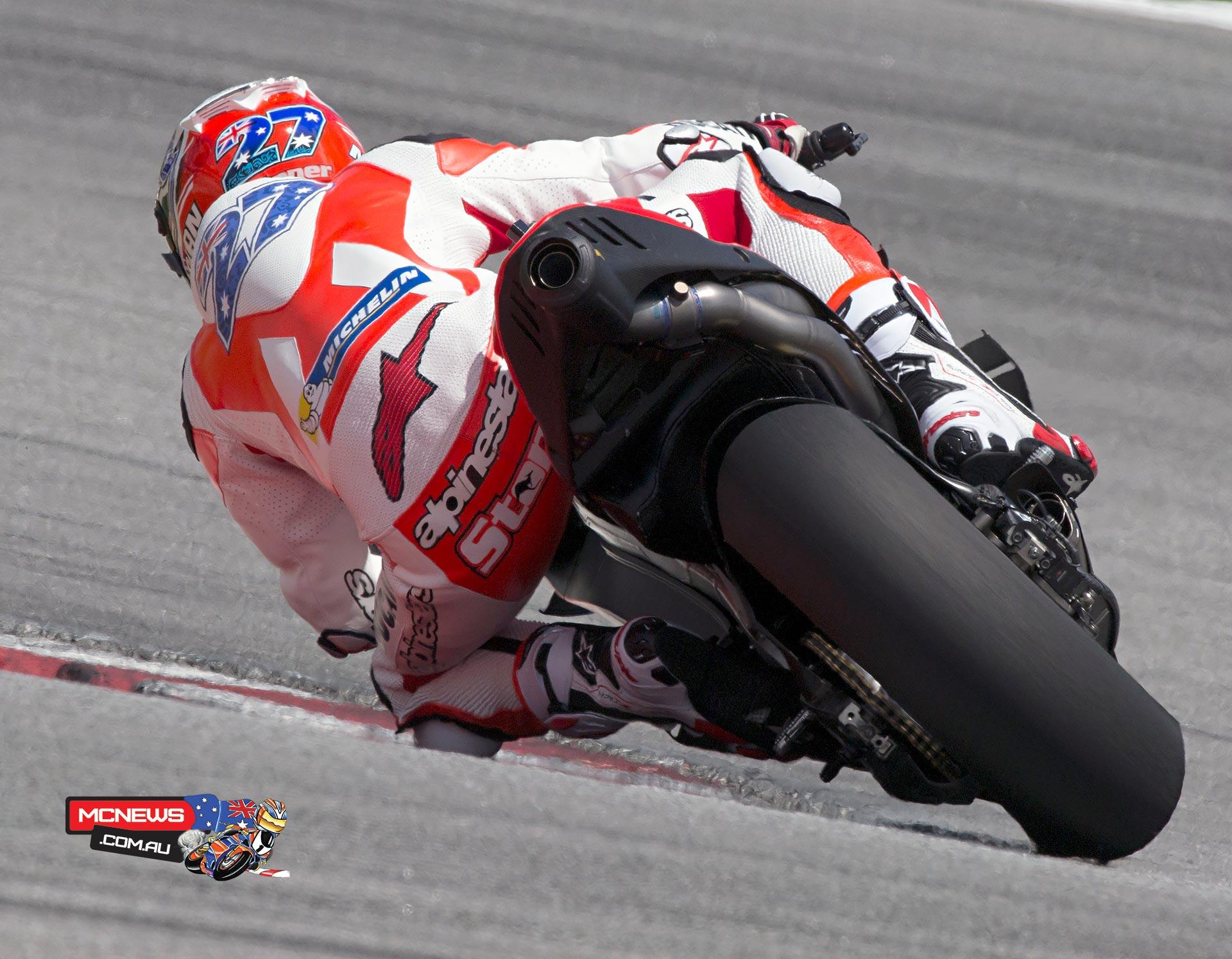 Casey Stoner | 54 laps Ducati Desmosedici | MCNews.com.au