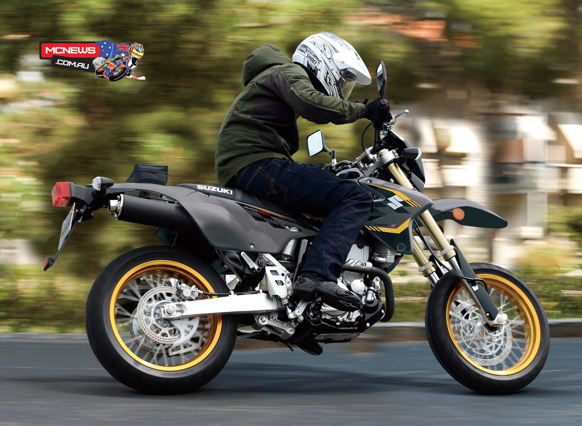 2016 Suzuki DR-Z400SM drifts into town | MCNews.com.au