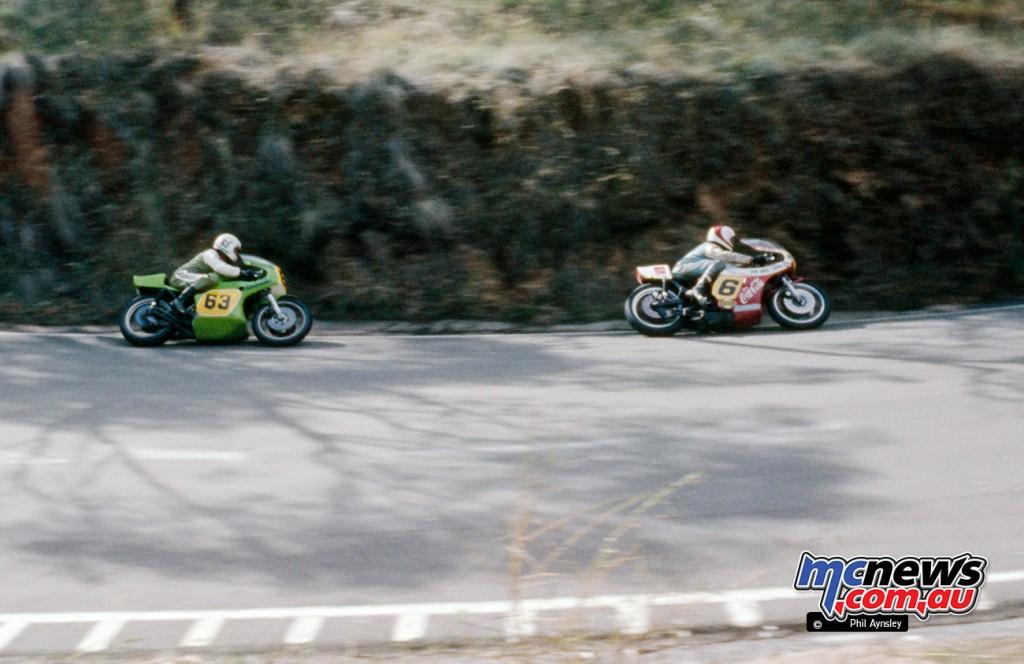 Ron Toombs/Kawasaki H2R 750 chases Ken Blake/Yamaha TZ750 at Forrest's Elbow.