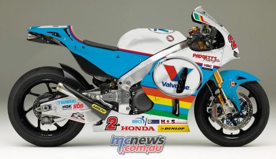 Bruce Anstey to race RC213V-S in Superbike and Senior IOM TT