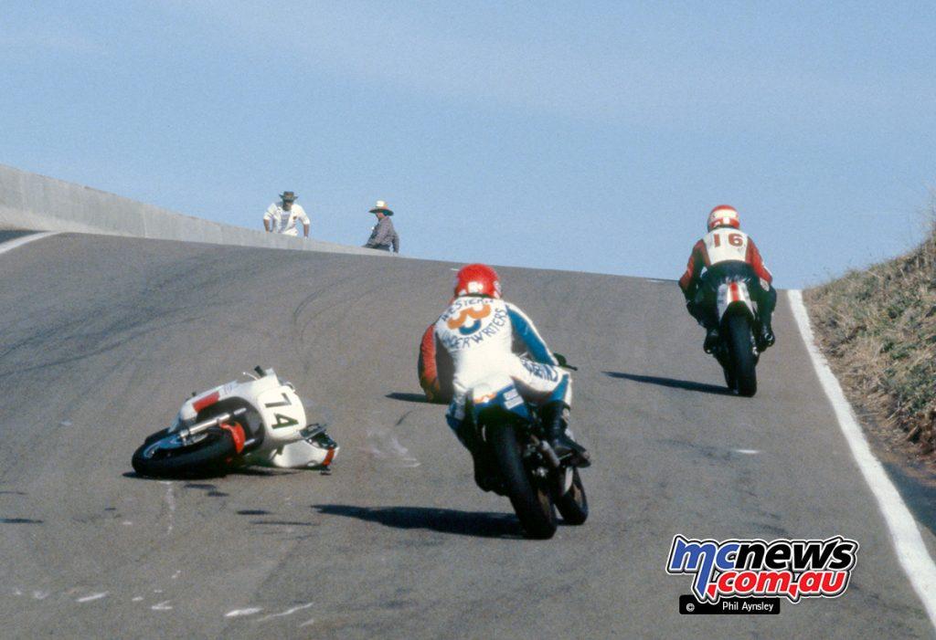 David Sinclair/Yamaha TZ750 crashes at the exit to BP Cutting.