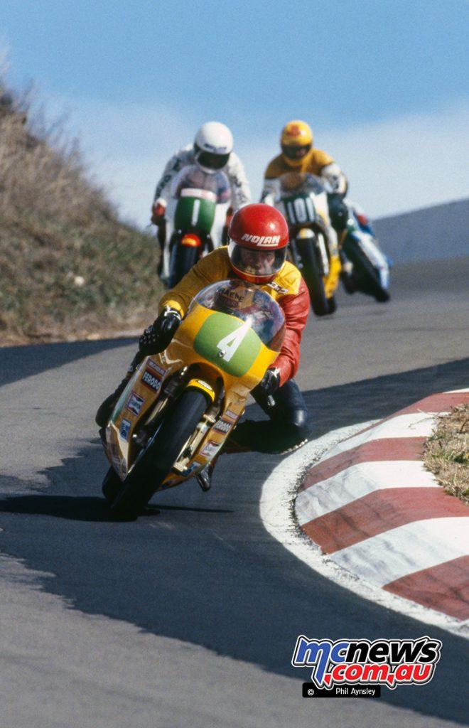 Graeme Geddes/Armstrong 250 leads Michael Dowson/Yamaha TZ250 and Warren Walker/Yamaha TZ250.