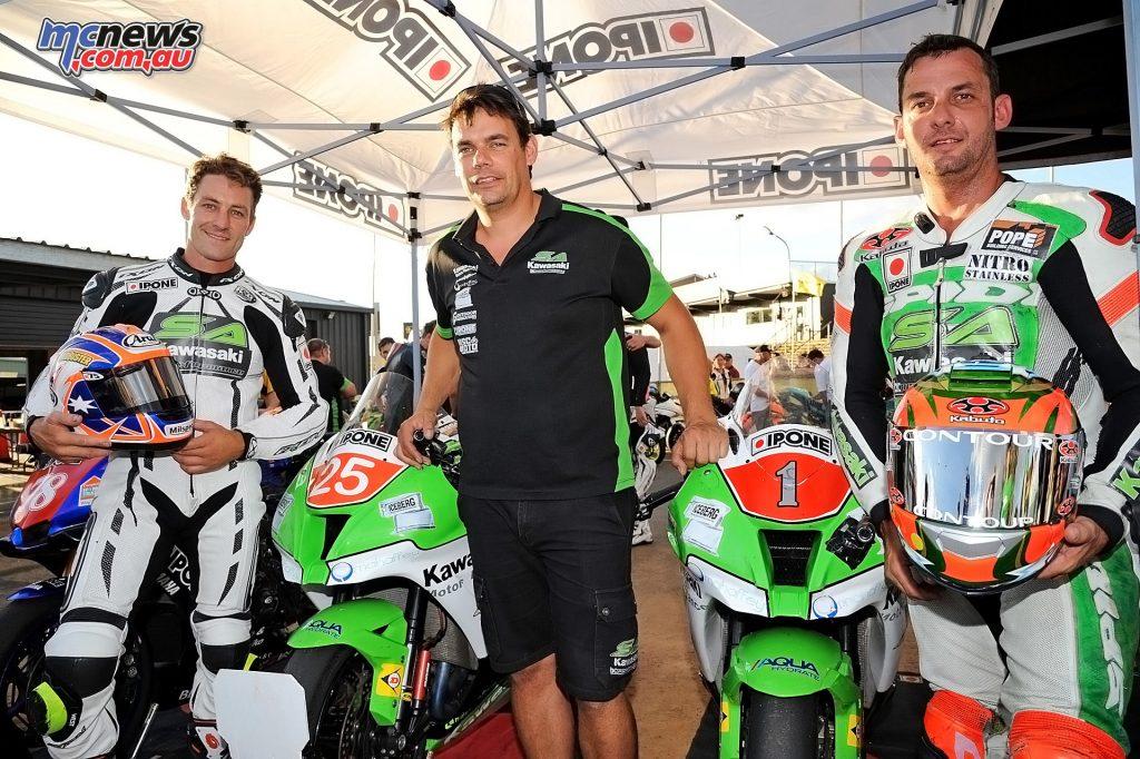 2016 Australasian Superbike Championship - Josh Brookes, Kelvin Reilly, Robbie Budgen