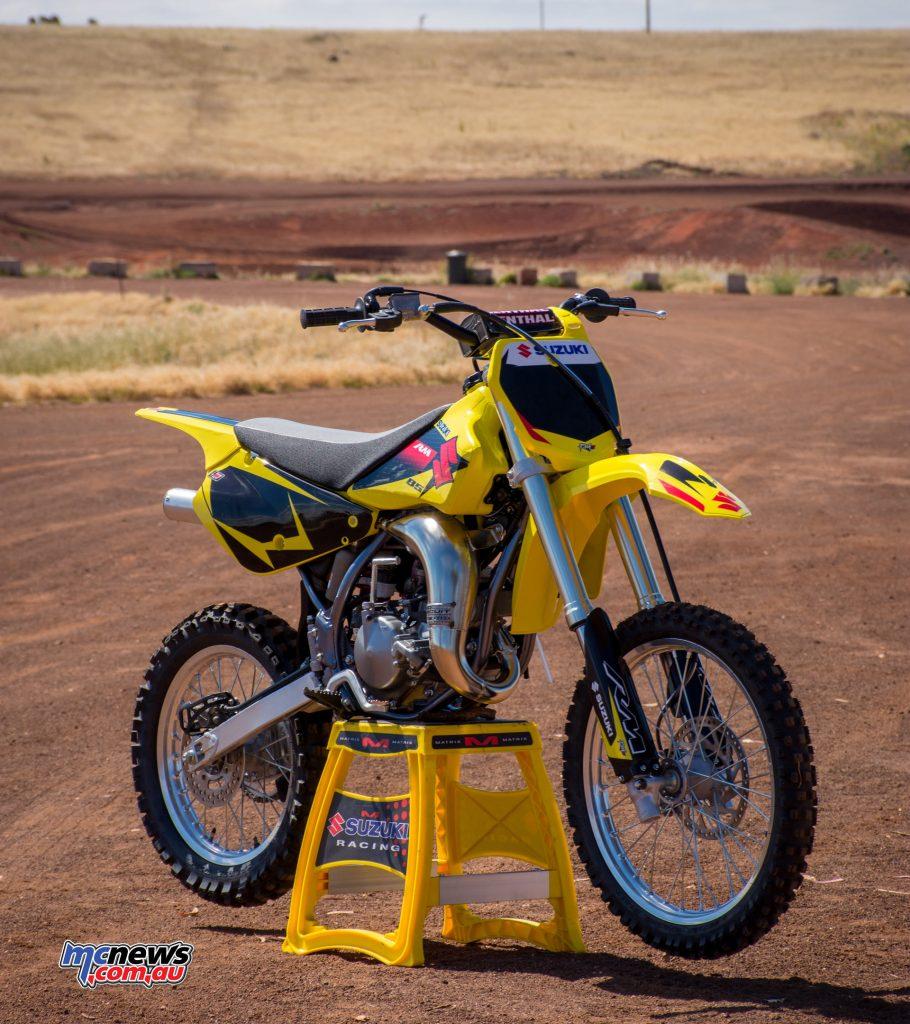 2017 Suzuki RM85 - bonus Race Kit