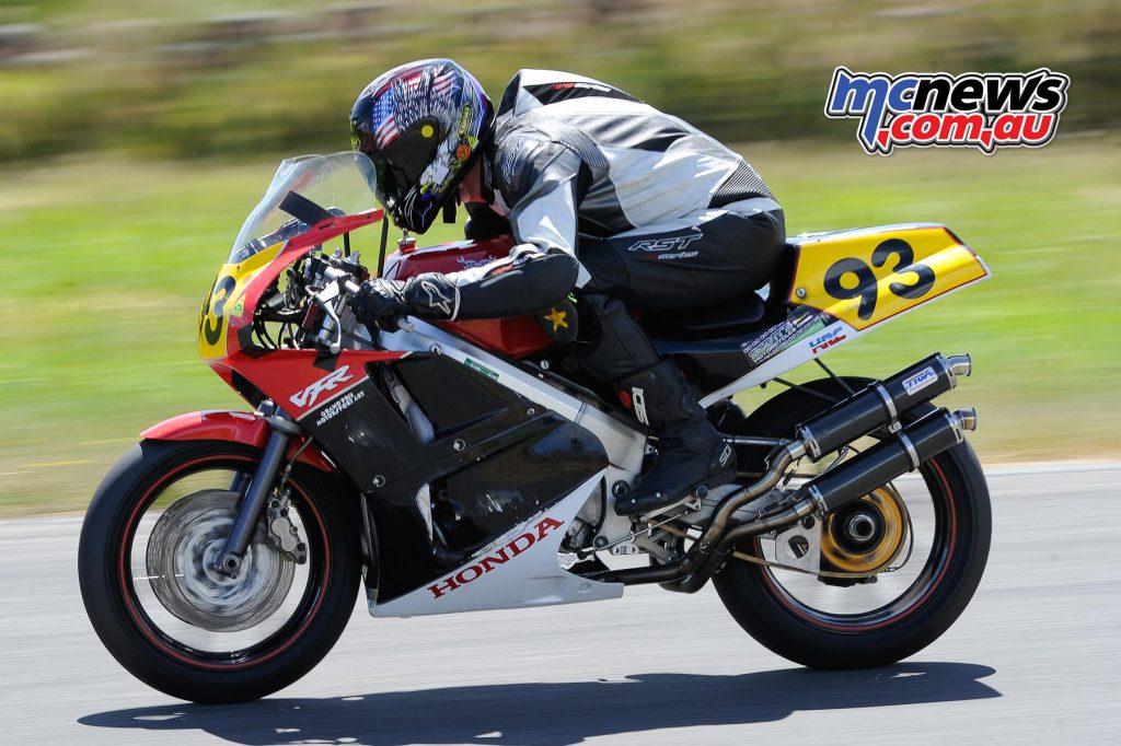 Australian Historic Road Racing Championships 2016 - Image by Colin Rosewarne - Tim Podt Honda VFR400