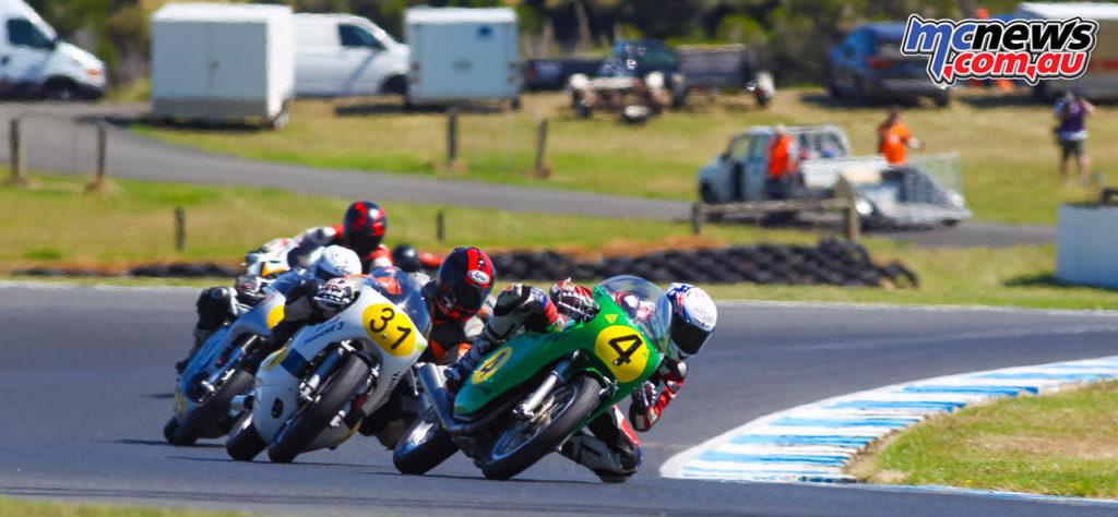 2017 Island Classic - 500cc Post Classic - Tom Bramich, Craig Ditchburn, Richard Molnar battling - Image: Cameron White