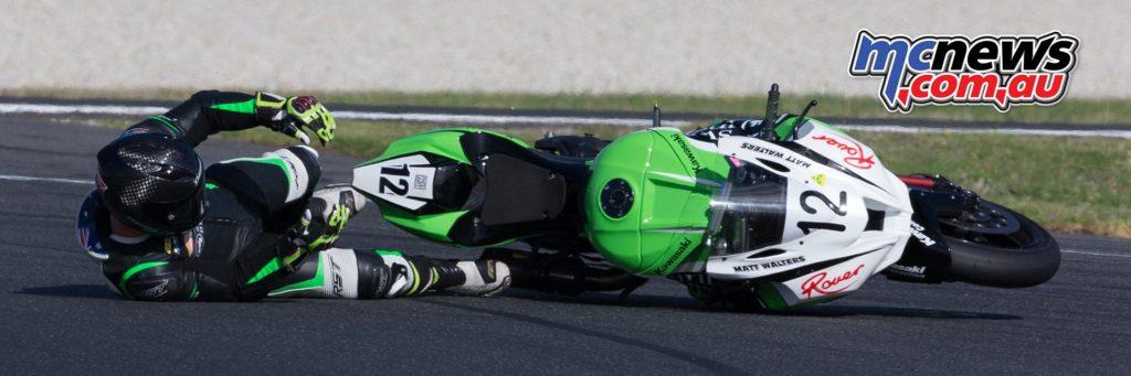 ASBK 2017 - Round One - Race One - Phillip Island - Matt Walters crashed on fluids