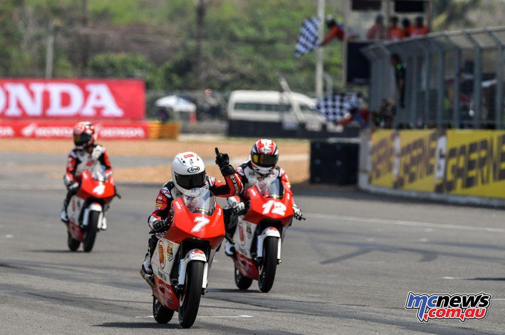 Asia Talent Cup - Thailand - Deniz Oncu wins Race 2
