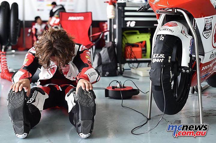 Asia Talent Cup - Thailand - Reid Battye preparing in his pit garage
