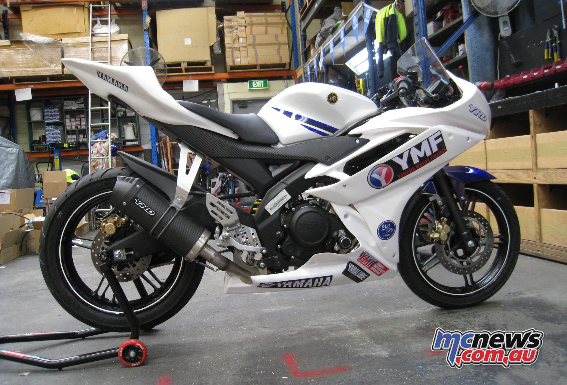 GP Juniors 2017 YZF-R15 competition bike