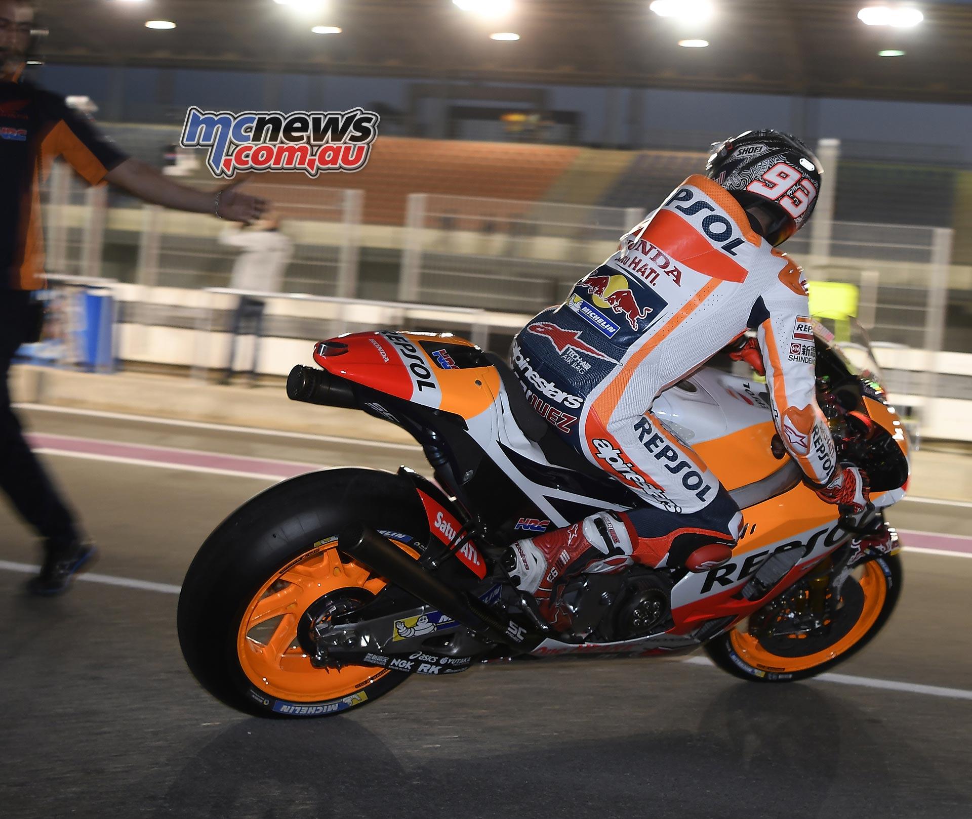 Motogp Qatar Crash | MotoGP 2017 Info, Video, Points Table