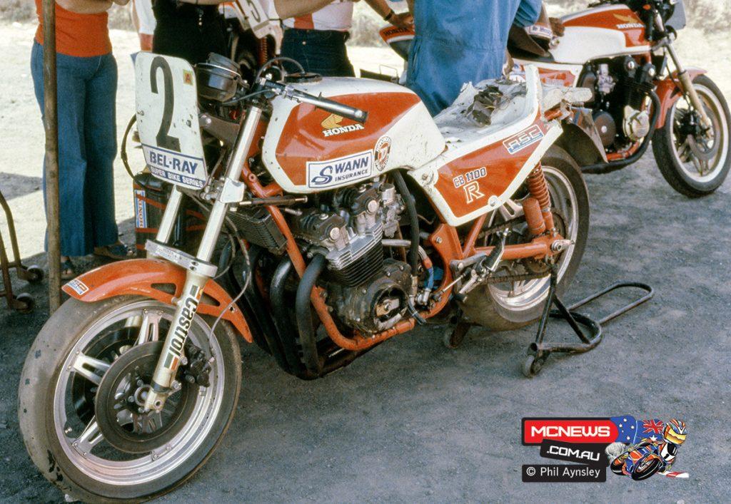1980 Swann Series - Oran Park - A damaged CB1100R Honda