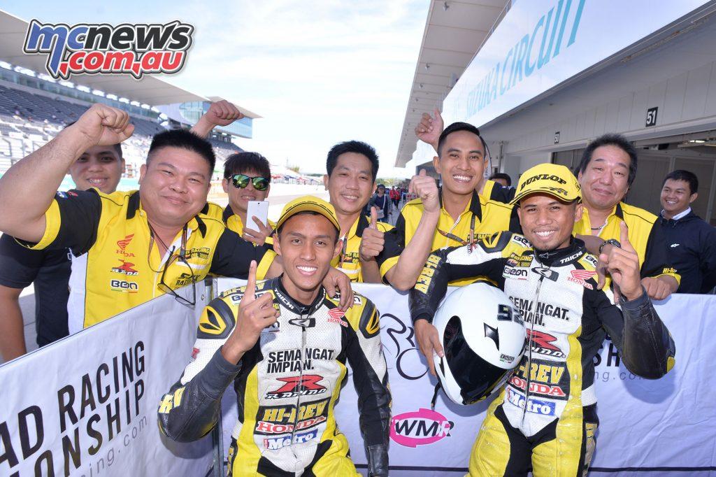 Race 2 winners Fakhrusy Syakirin Rostam, Md Muzakkir Mohamed
