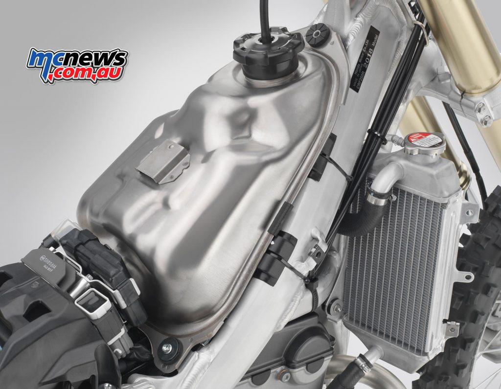 2018 CRF250R New DOHC engine   CRF450R Chassis   MCNews.com.au