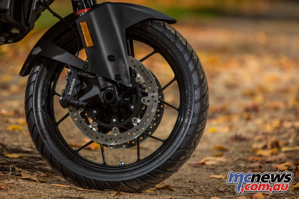 The 1290 S and R feature dual Brembo four-piston radial calipers, 320mm discs, and Bosch MSC lean-sensitive 9ME combined ABS