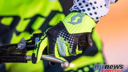Ficeda introduce Scott 2018 450 Gloves