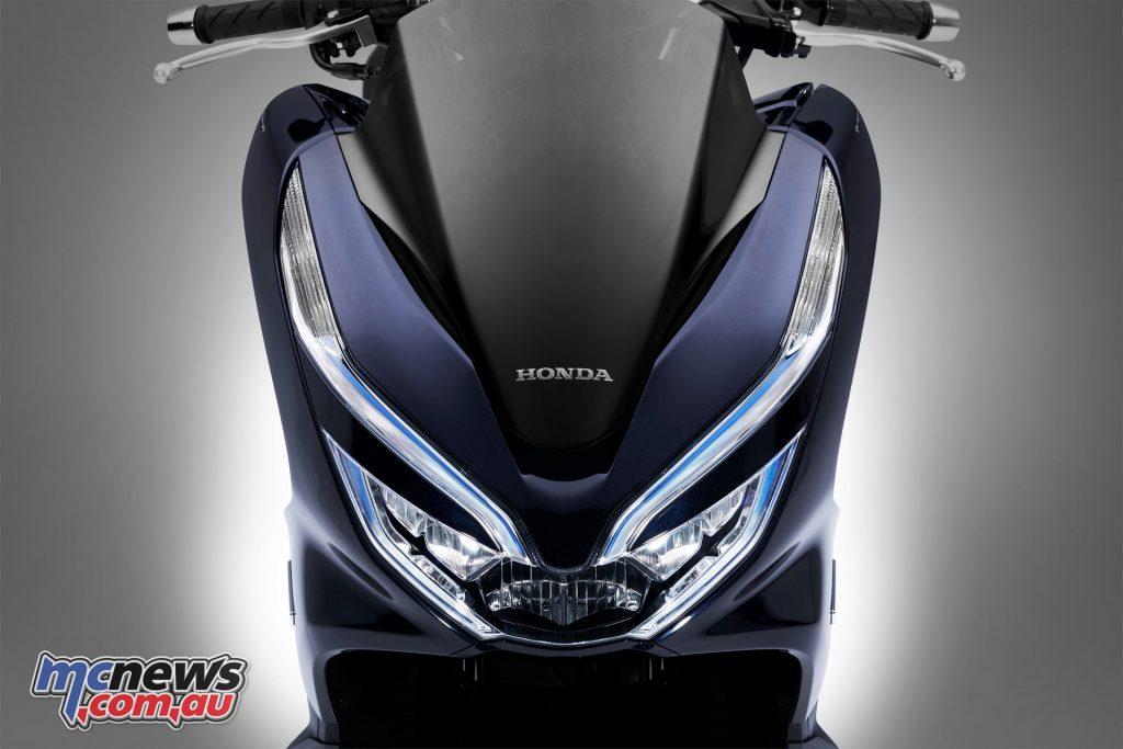 Honda PCX Hybrid - Remove locking and key fob