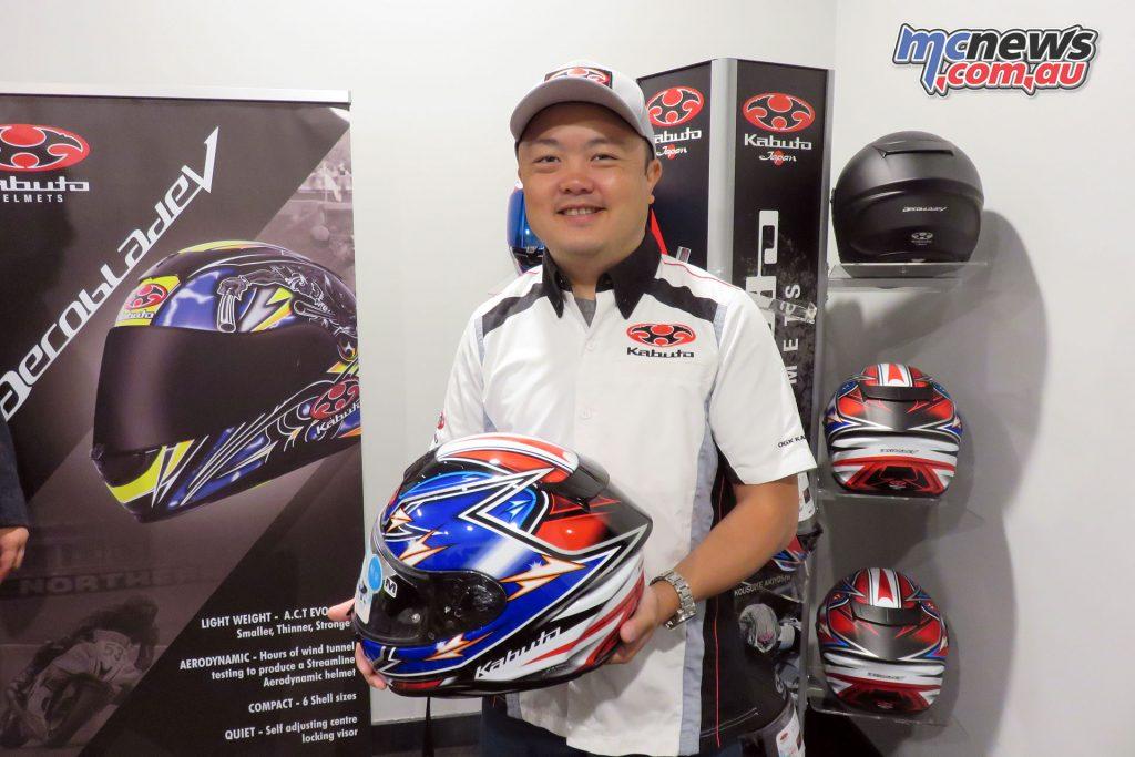 Kabuto's Ryohei Wada presenting the Aeroblade-5