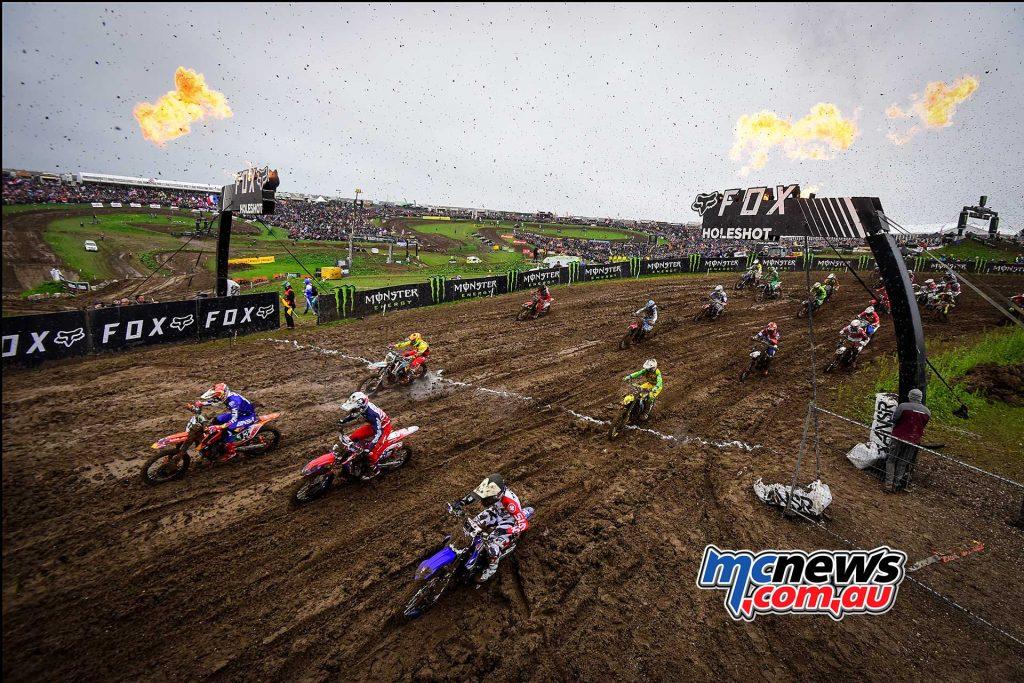 Race One -(MXGP + MX2)