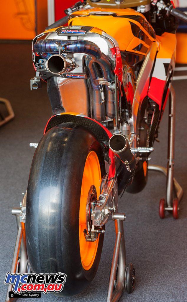 The Honda RC212V.