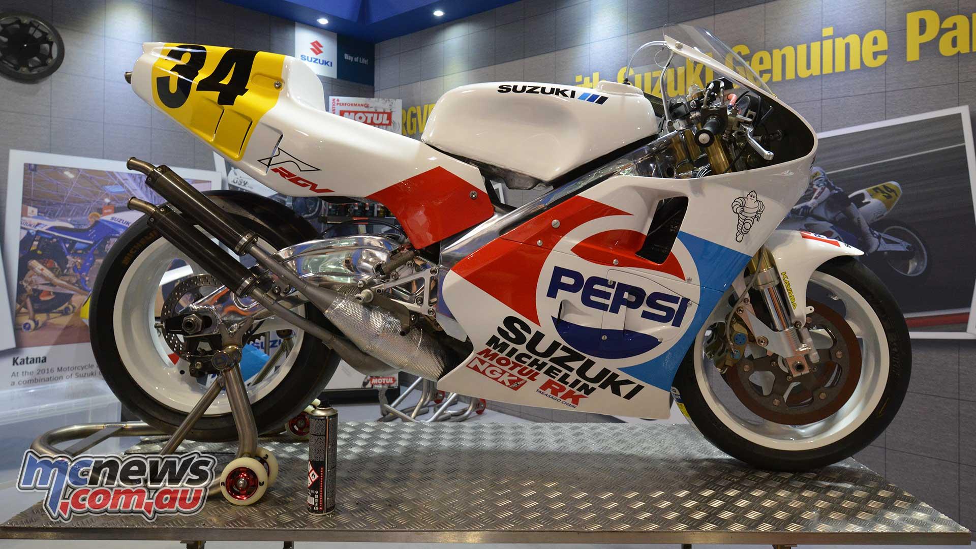 Kevin Schwantz 1989 Suzuki RGV500 reborn | MCNews.com.au