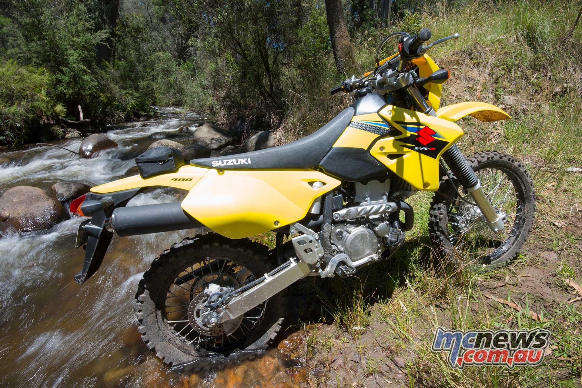Drz400S et E (on n'est pas sectaire) Suzuki-DR-Z400E-MCN_4845