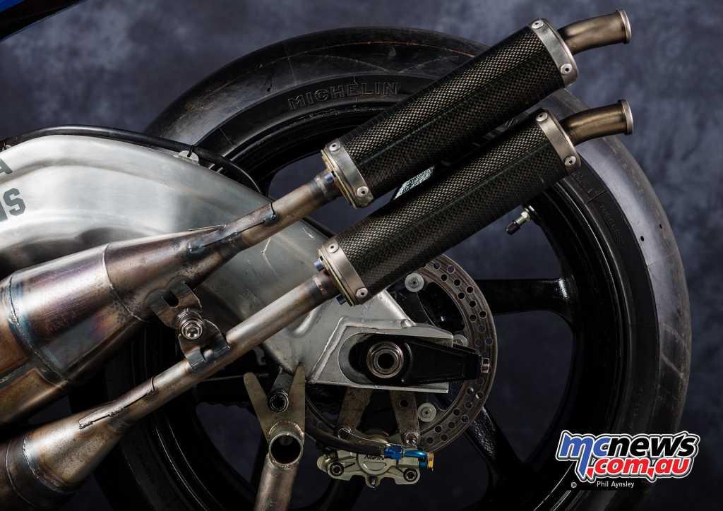 Elf V4 Racer mufflers