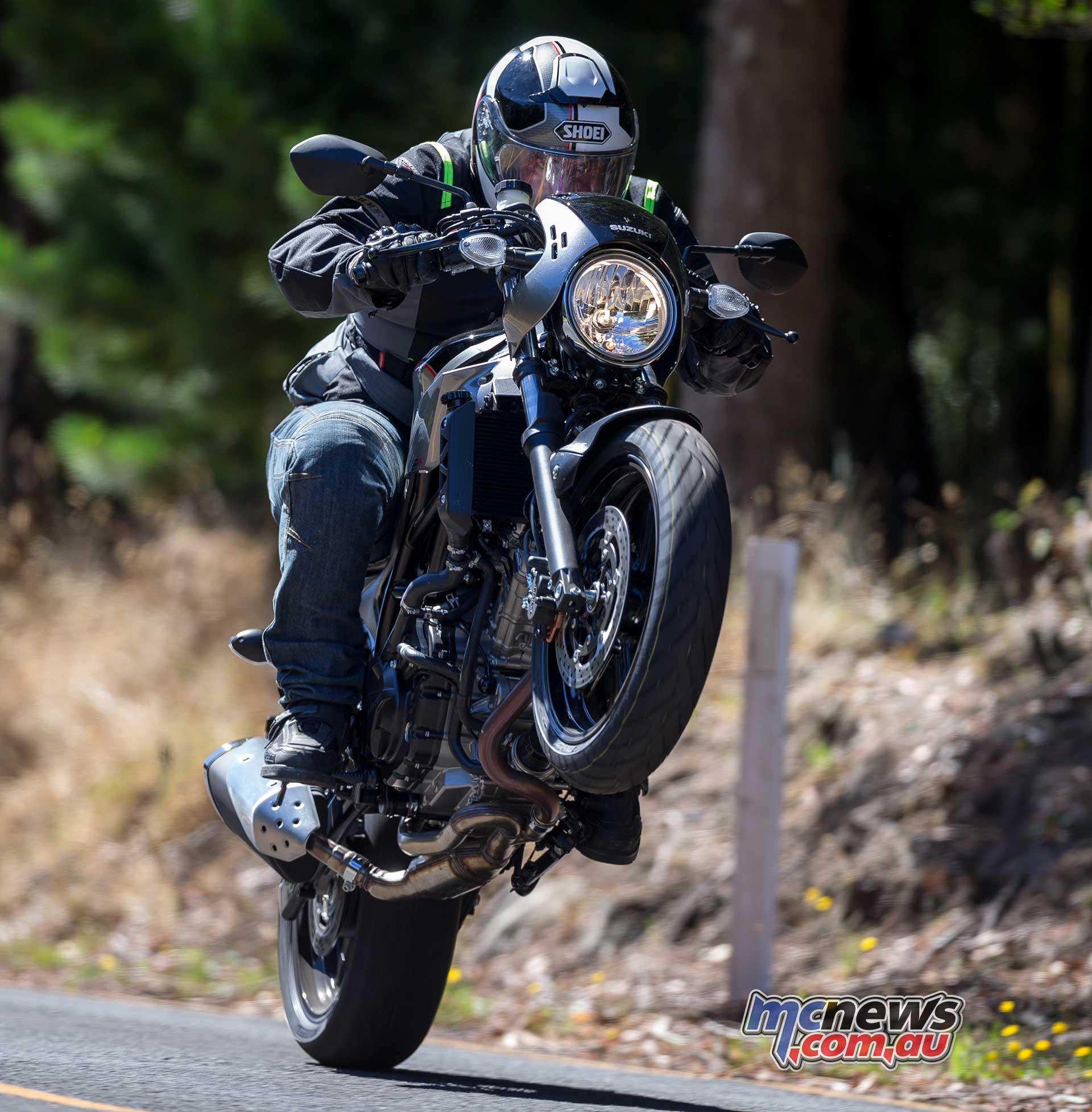 2018 suzuki sv650x review motorcycle test. Black Bedroom Furniture Sets. Home Design Ideas