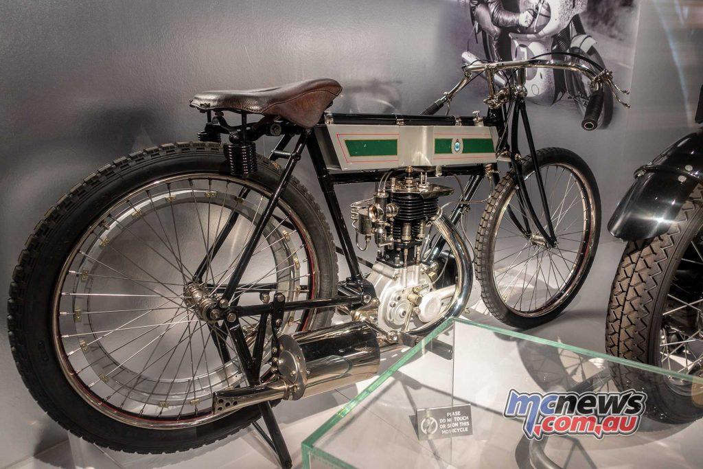 Triumph Factory Experience TT Racer