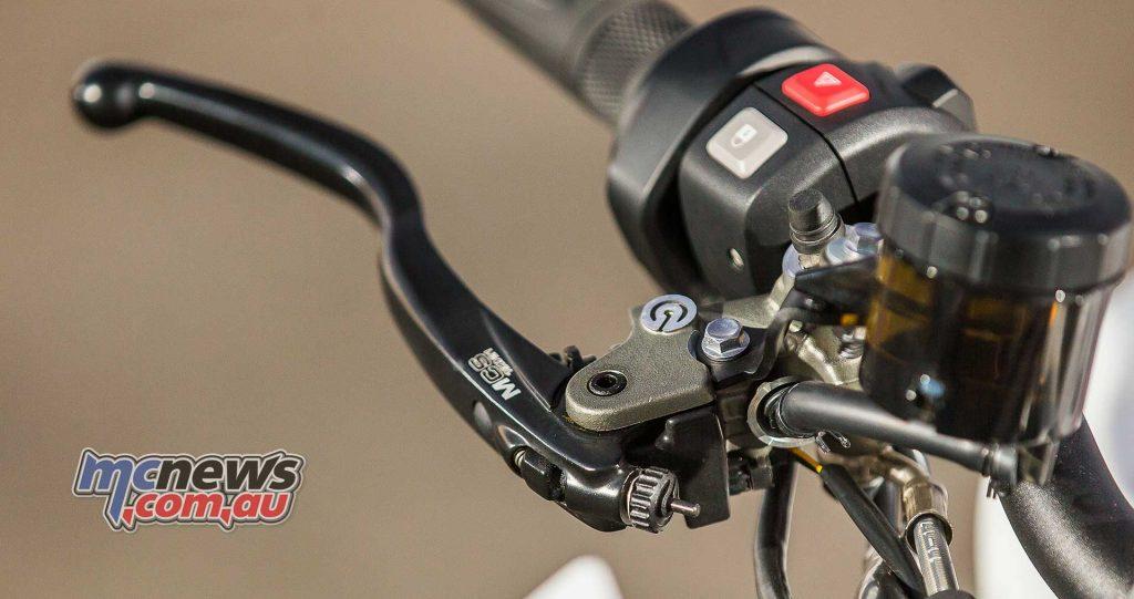 Triumph Speed Triple RS Brakes