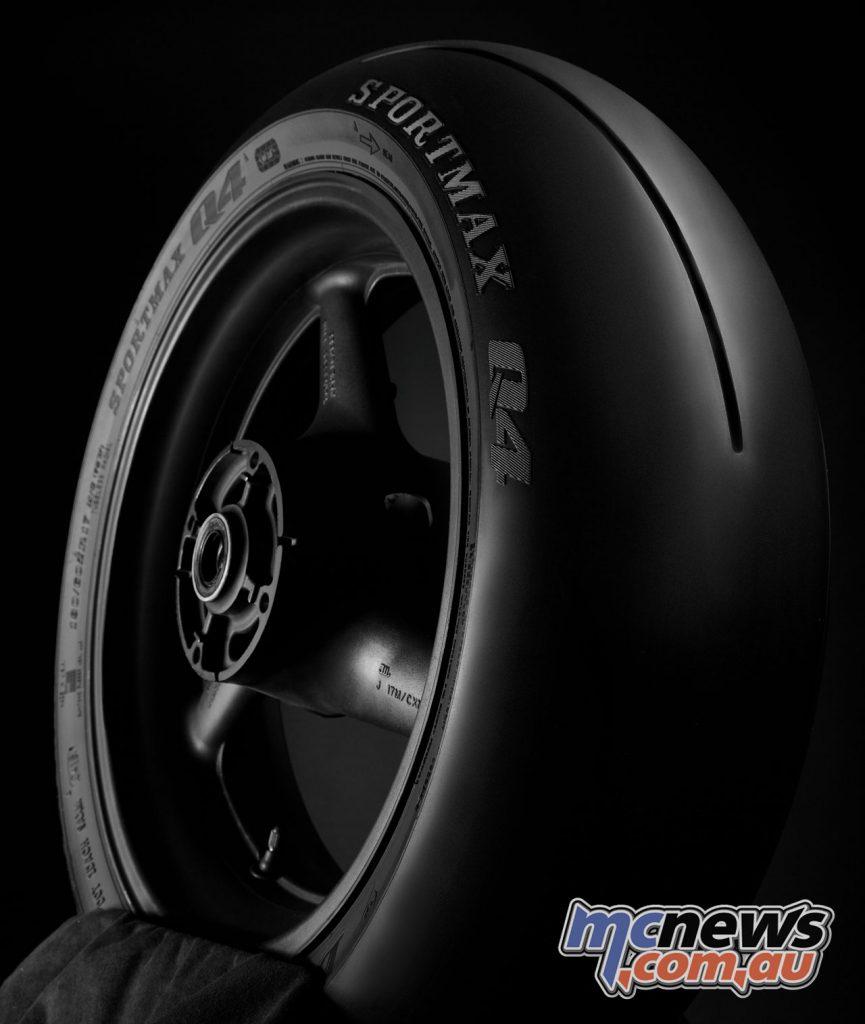 Dunlop Sportmax Q Track Beauties rear