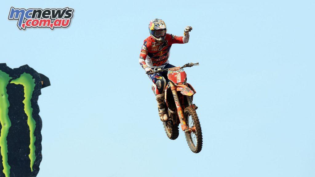 MXGP Indonesia MX Jonass finish