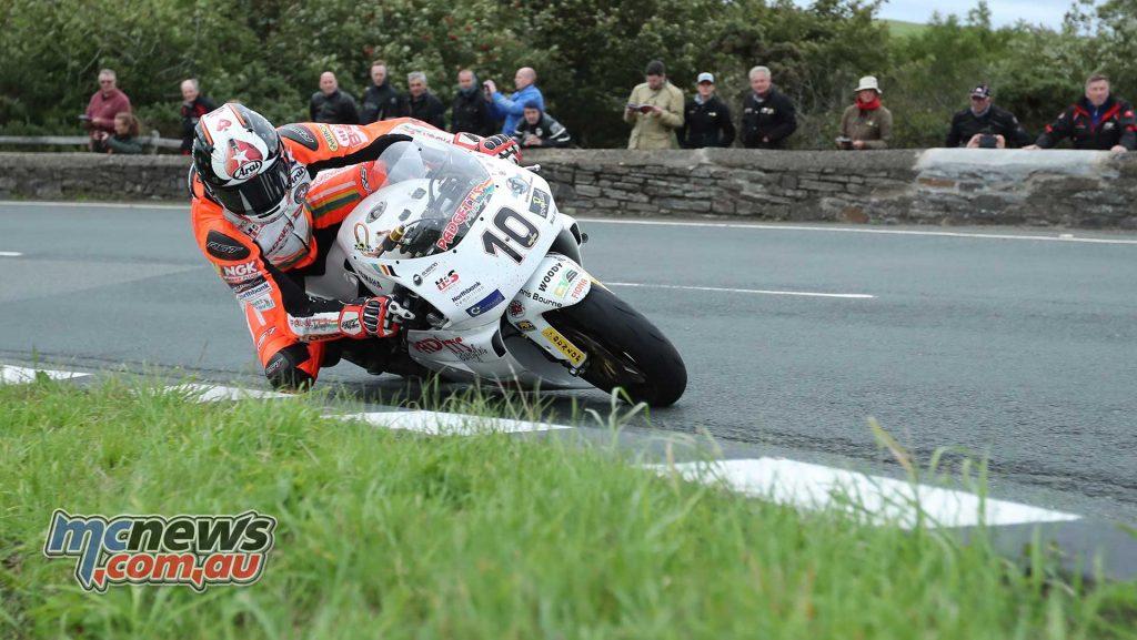 Classic TT Superbike Conor Cummins YZR Gooseneck