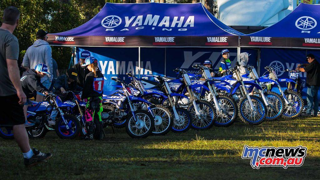mx nationals coolum rnd Yamaha YZ lined up ImageScottya