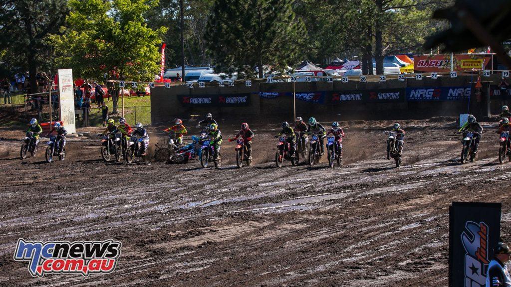 mx nationals coolum round mxd moto start ImageScottYa