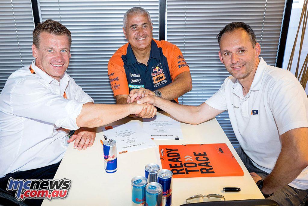 De Carli Signs with KTM until