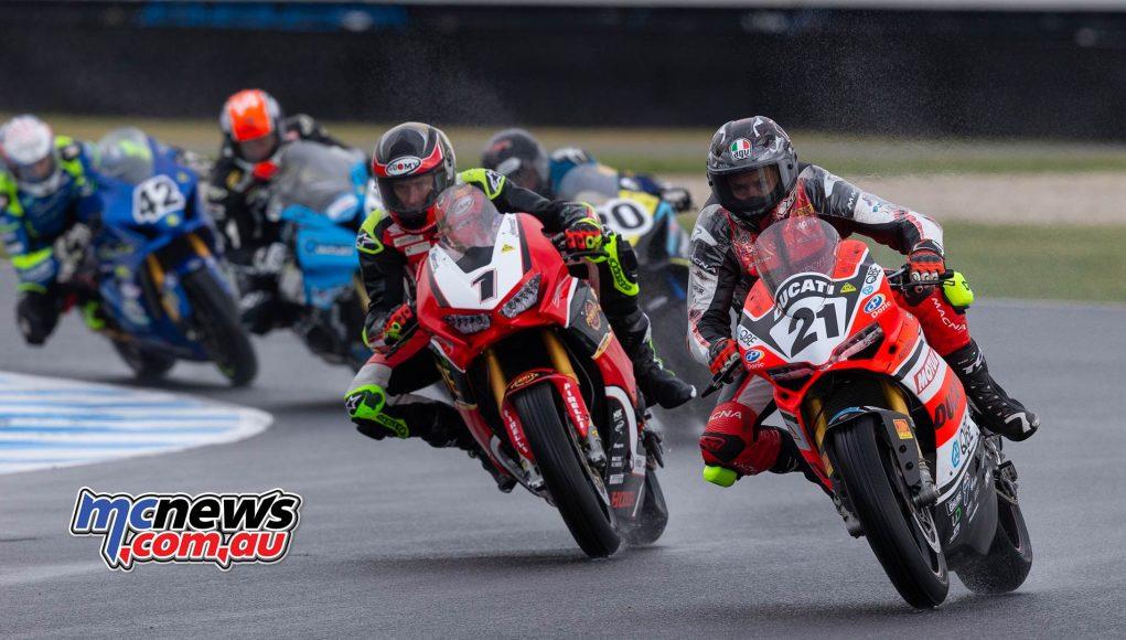 MotoGP ASBK Supports TBG Superbike Race Start Bayliss Herfoss