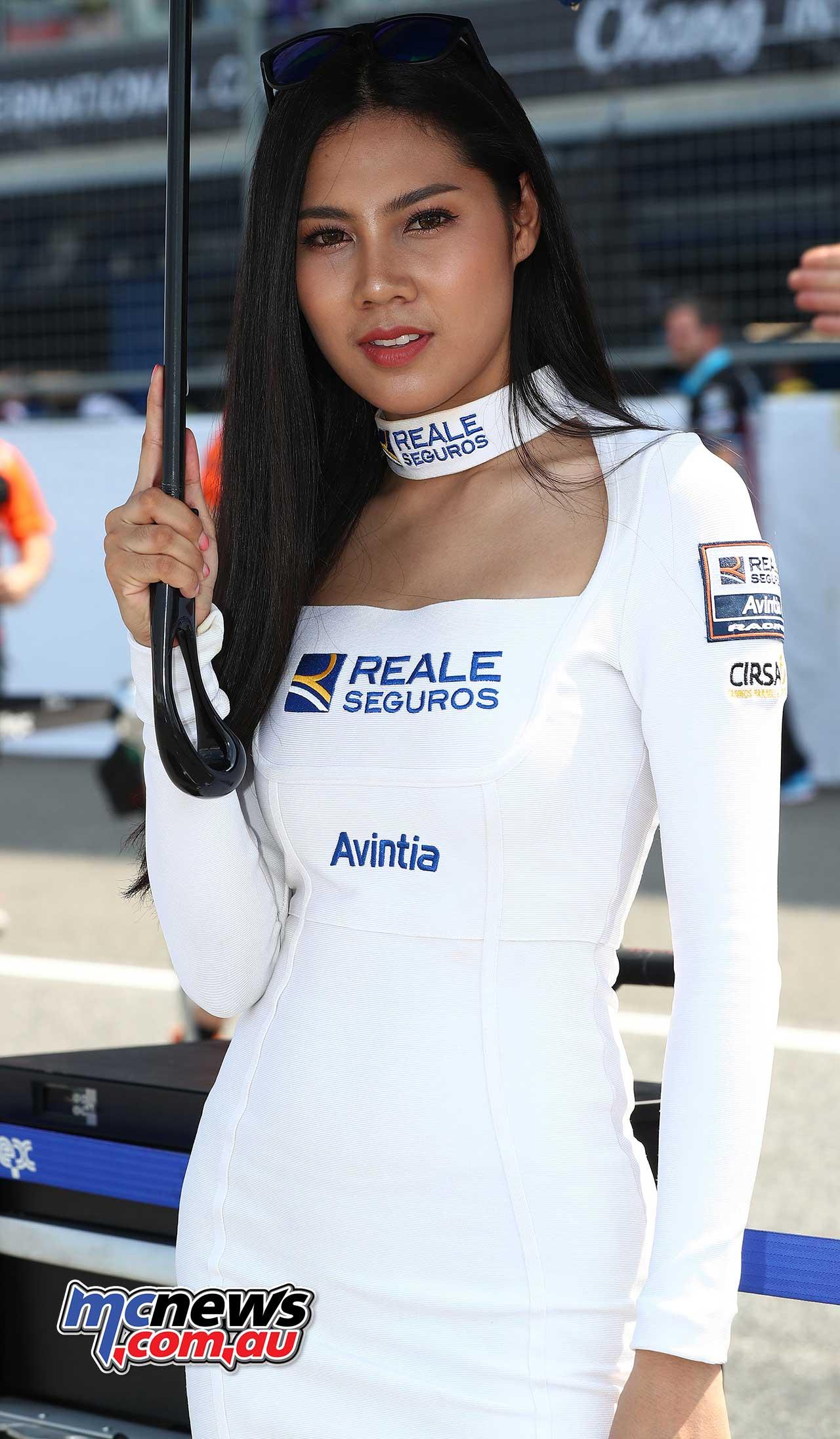 http://www.mcnews.com.au/wp-content/uploads/2018/10/2018-MotoGP-Rnd15-Thailand-Girl_18GP15_4356_AN.jpg