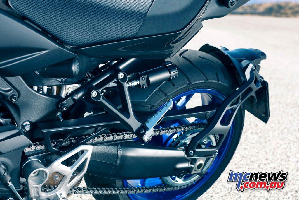 Yamaha Niken Shock Adjust Swingarm