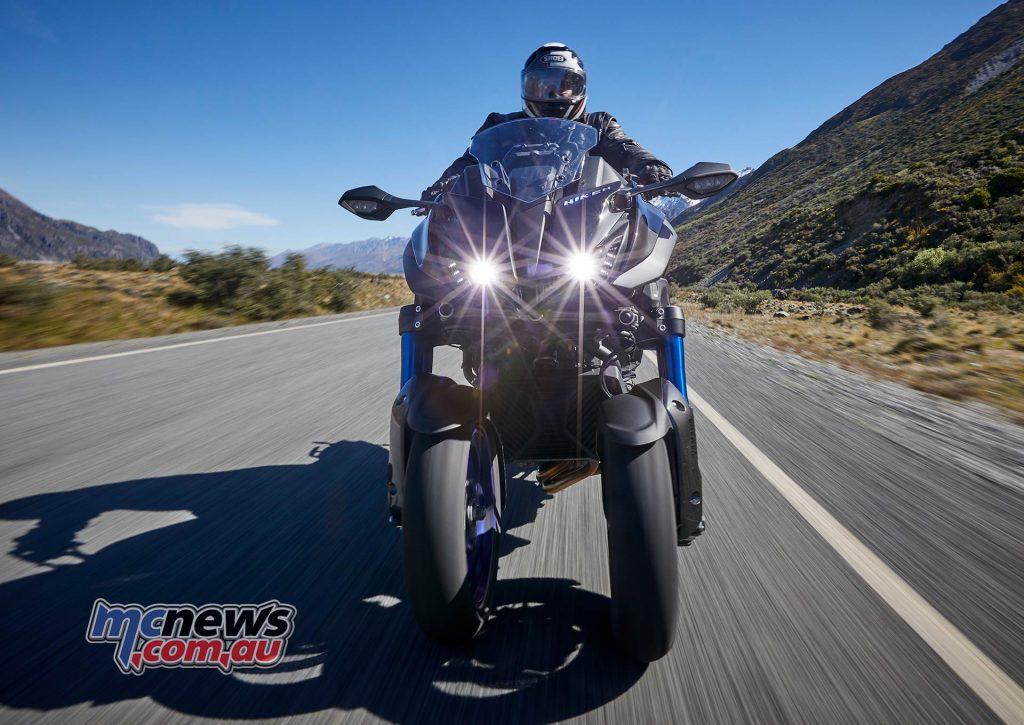 Yamaha Niken Trev Lights