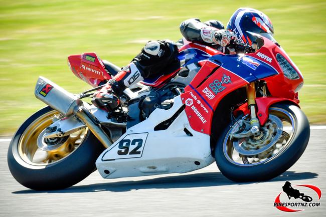 NZ Super Series Rnd Rees Damon w