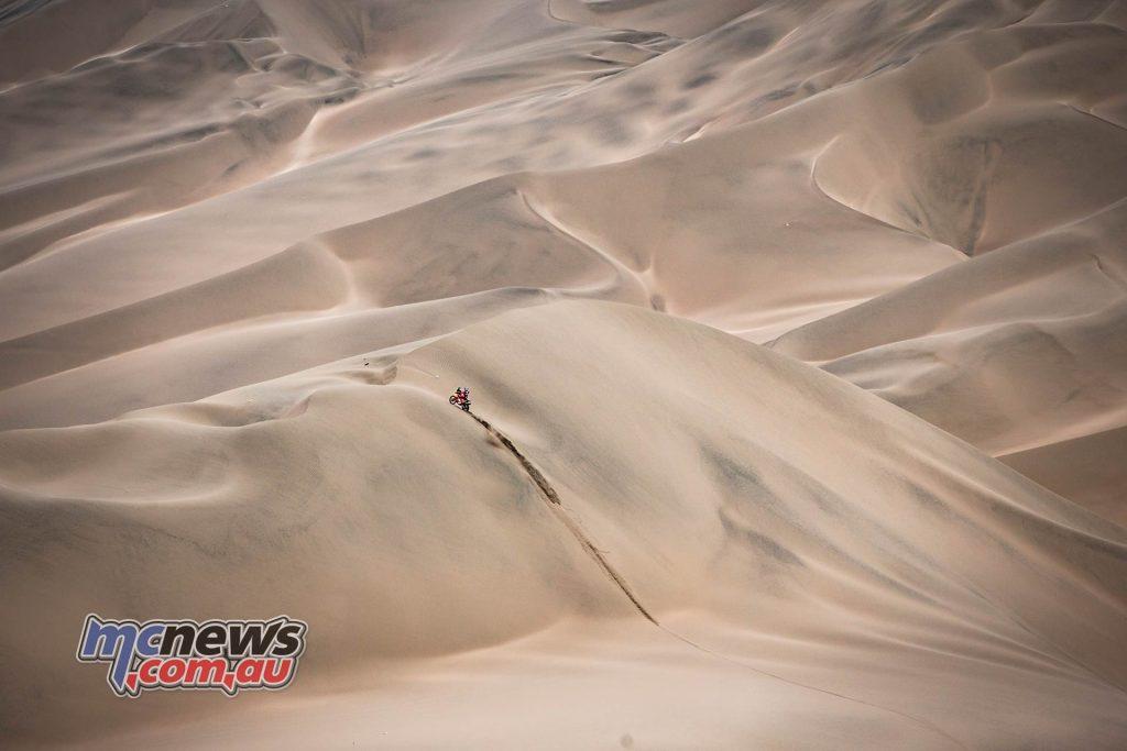 Dakar Stage ImageMarcinKin Sam Sunderland